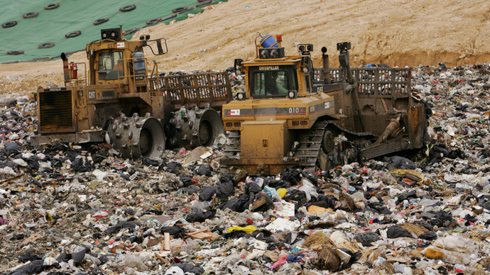 ​Trash & treasure: Hong Kong cops scour landfill for $3.7mn painting