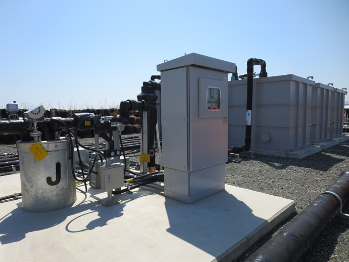 Groundwater bypass pump well (The cylinder-shaped equipment on the left side is the pump) (Image from www.tepco.co.jp)