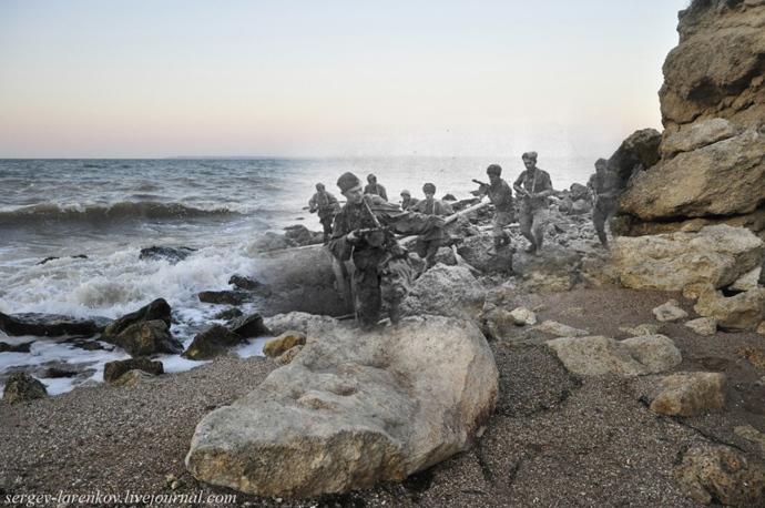 Soviet amphibious assault landing, 1943 / Kerch, 2012. Photo combination by Sergey Larenkov.