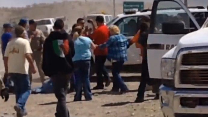 Bundy ranch stand-off: Government helicopters shot cattle multiple times 'for fun'
