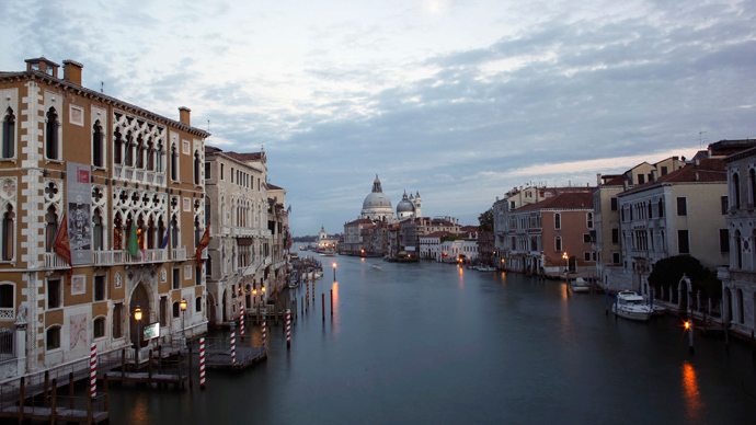 Italy opens bidding for Venice Island