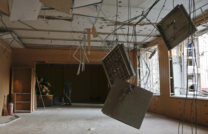 An interior view shows a damaged regional museum of local lore after what locals say was recent shelling by Ukrainian forces in Donetsk, eastern Ukraine, August 22, 2014. (Reuters/Maxim Shemetov)