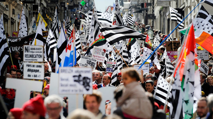 Thousands rally for France's Brittany reunion and greater autonomy
