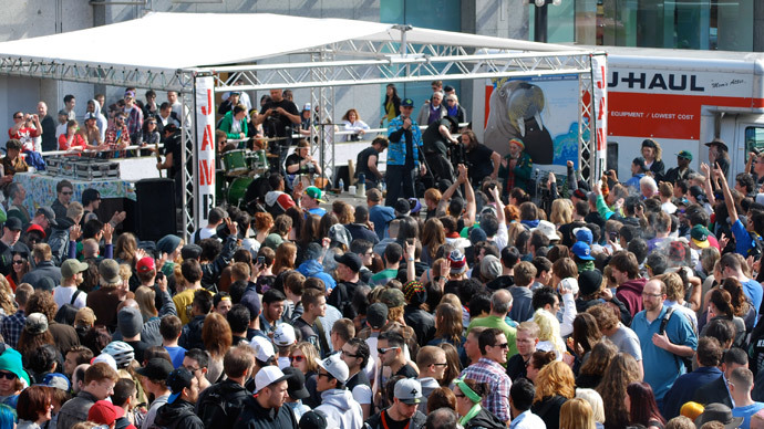 4:20pm sharp: Thousands rally across Canada to legalize cannabis