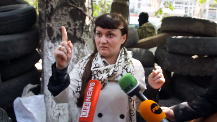 Woman detained in eastern Ukraine denies being spy, says she's reporter
