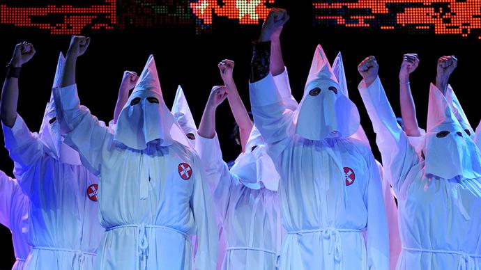 KKK recruits members for neighborhood watches