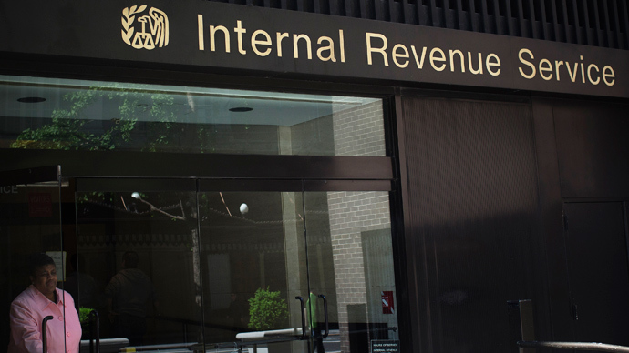 Over 1,100 IRS employees received bonuses after not paying taxes