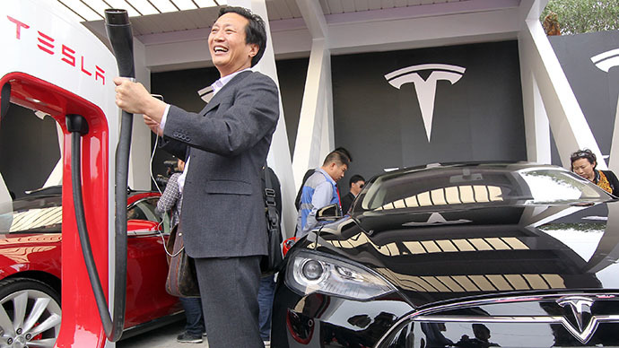 Tesla delivers first electric cars to China