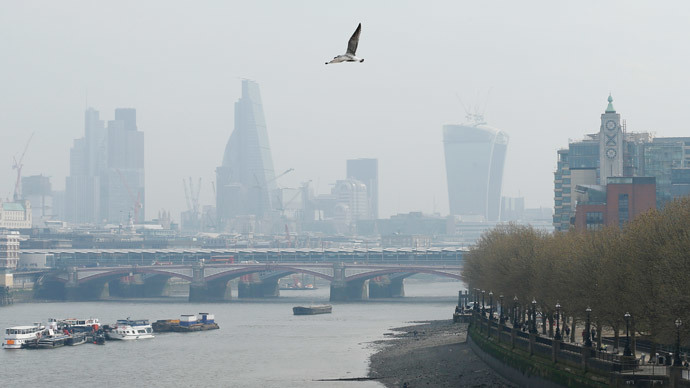 London to be 'smogged' by polluted Paris