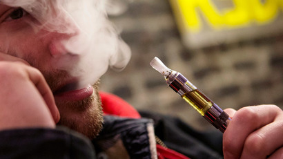 E-cigarettes don't act as gateway to tobacco smoking – study