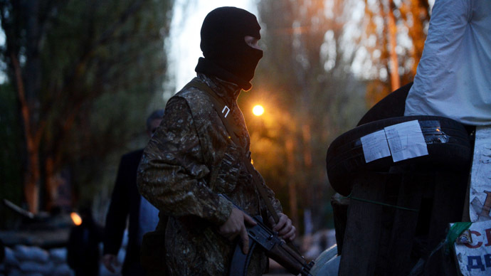 'NATO spies'? Slavyansk self-defense forces keep foreign military inspectors detained