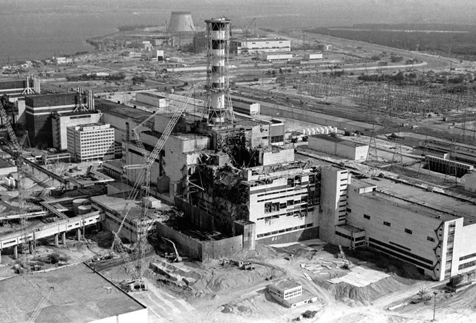 View of the Chernobyl nuclear power plant's fourth reactor in this May 1986 file photo. (Reuters)