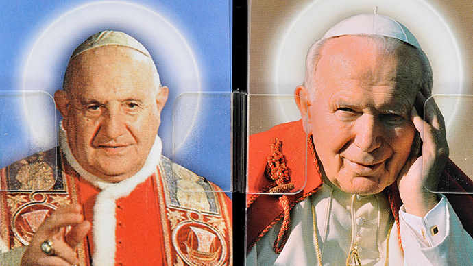 Hundreds of thousands gather to witness historical double canonization of popes