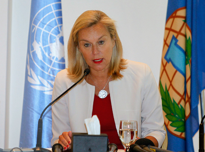 Sigrid Kaag speaks during a news conference in Damascus April 27, 2014. (Reuters / Khaled al-Hariri)