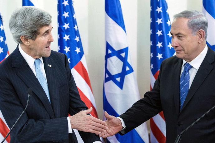 U.S. Secretary of State John Kerry (L) and Israeli Prime Minister Benjamin Netanyahu (Reuters)