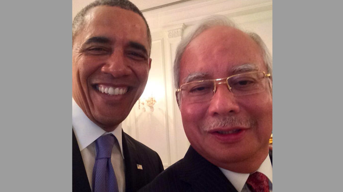 Can't get enough: Obama takes another selfie, now with Malaysian PM