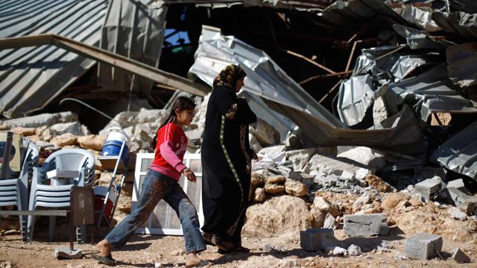 Israeli troops destroy mosque in Palestinian village
