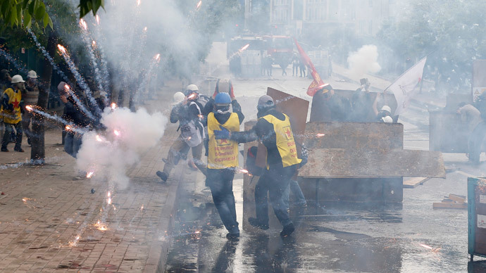 Labor rallies around the globe as world celebrates May Day