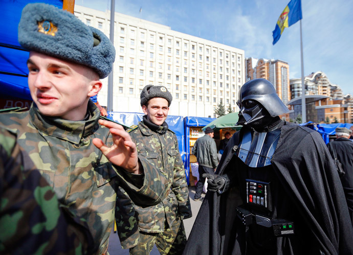 """Darth Vader"" talks with cadets in Kiev (Reuters / Shamil Zhumatov)"