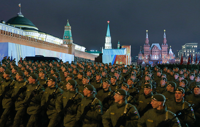 Russian servicemen march during a rehearsal for the Victory parade on Moscow's Red Square May 5, 2014 (Reuters)