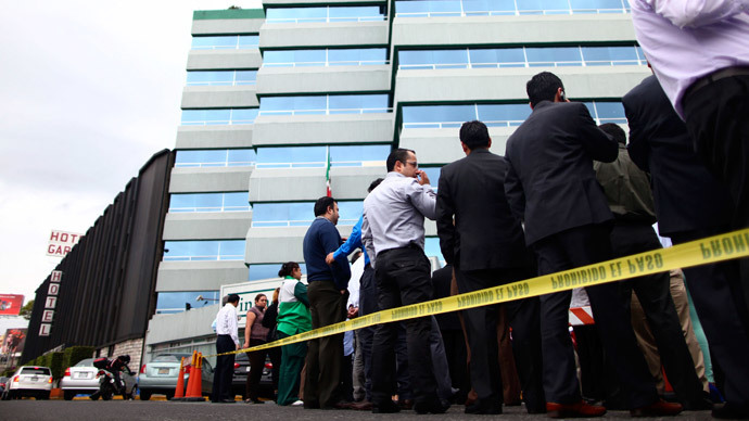 6.4 quake strikes southwest Mexico, tremors felt in capital