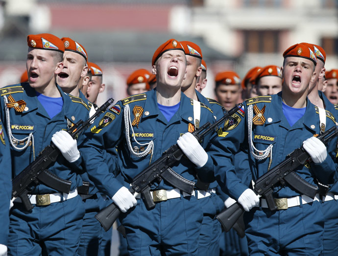 Russian servicemen march during the Victory Day parade in Moscow's Red Square May 9, 2014. (Reuters)