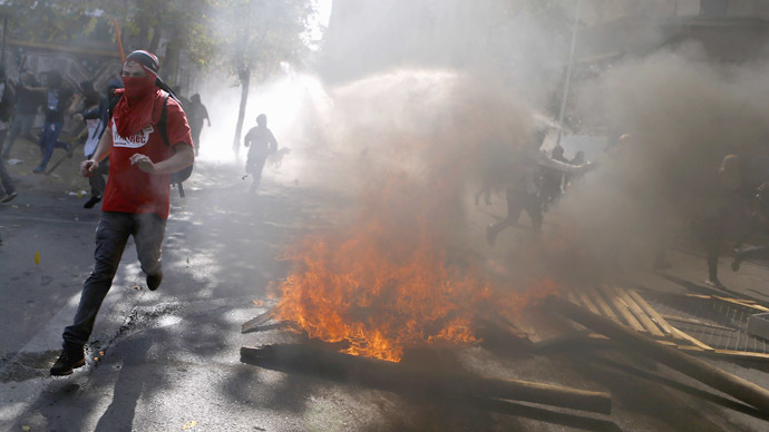 Clashes in Chile as thousands of students protest lagging education reform (PHOTOS, VIDEO)