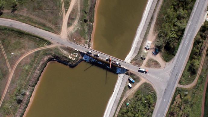 Ukraine builds dam cutting off Crimea water supply