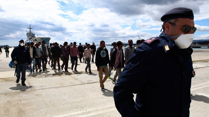 ​Italy leaves hundreds of refugees stranded without food – UN