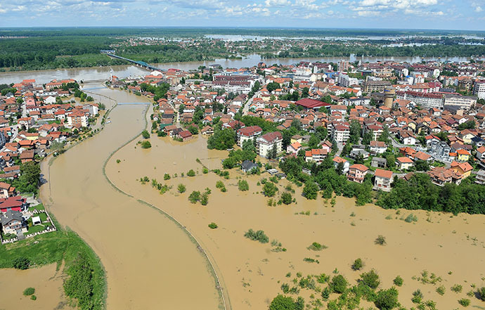 An aerial view shows a flooded area near the Northern-Bosnian town of Brcko on May 18, 2014. (AFP Photo / Elvis Barukcic)