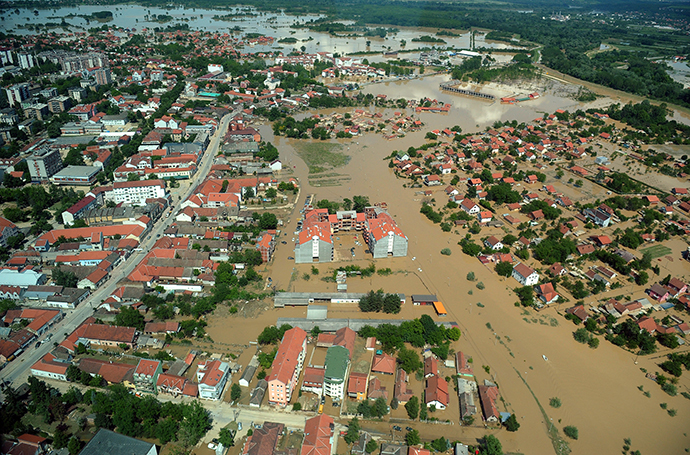 Aerial view shows the flooded town of Obrenovac, 40 kilometers west of Belgrade, on May 19, 2014. (AFP Photo / Alexa Stankovic)