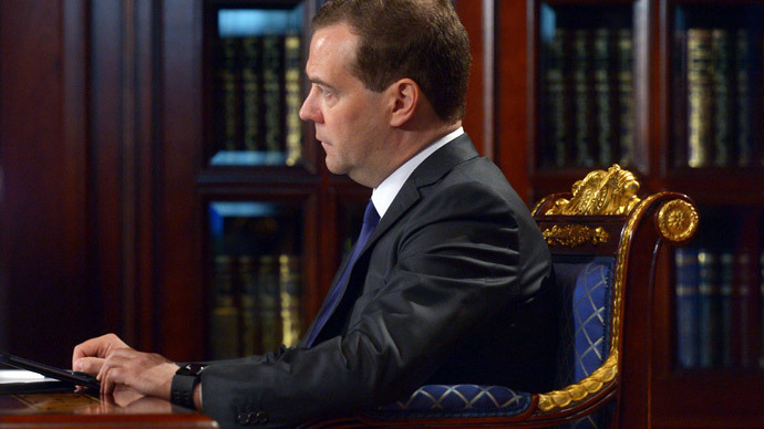 Sanctions 'sharp knife' to business in Europe and America – Medvedev