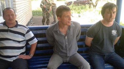 Three foreign journalists caught in violence near Slavyansk, two possibly dead