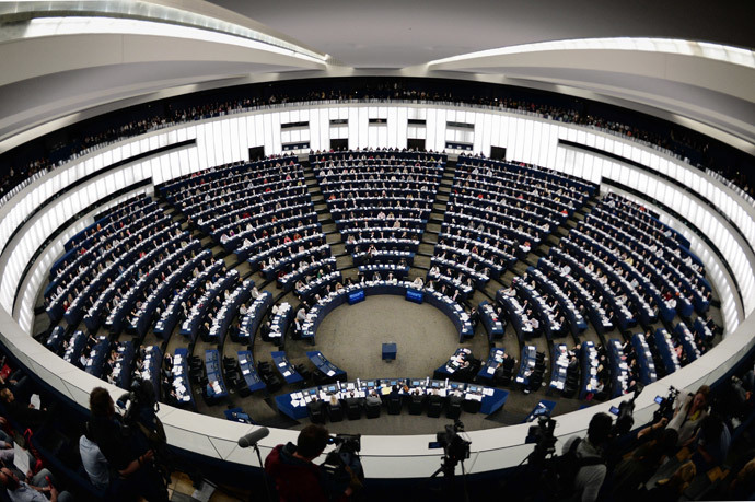 Members of the European Parliament vote during the last plenary session before May 25 elections on April 15, 2014 at the European Parliament in Strasbourg, eastern France. (AFP Photo / Frederick Florin)