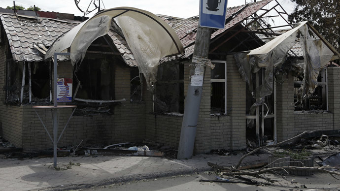 Shells hit hospital as Ukrainian army resumes strike on Slavyansk
