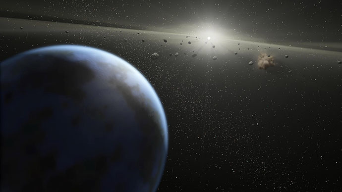 Gigantic 'Beast' asteroid flying by Earth (VIDEO)