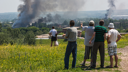 Kiev's army shelling kills 5yo boy & his mom in Slavyansk