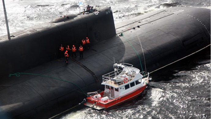 Huge Nuclear Sub Rescues Crew Of Tiny Boat Off Russia S Nw Coast Photos Rt World News
