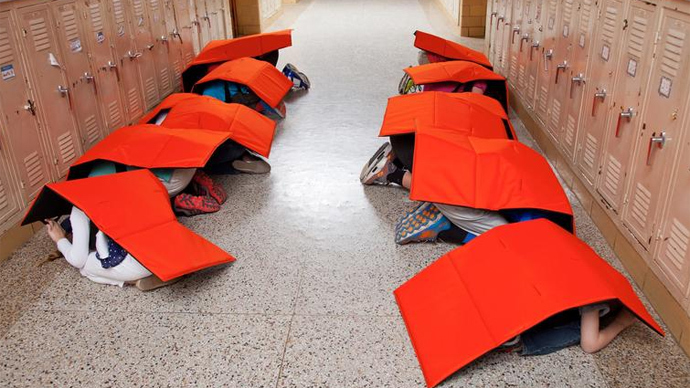 Bulletproof blankets would protect students in case of school shooting