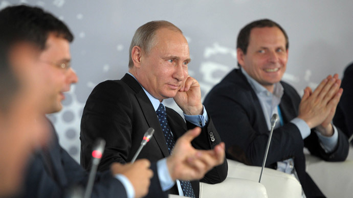 Internet restrictions must not touch upon freedom of speech - Putin