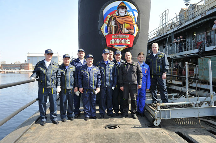 "Construction workers of the nuclear submarine (APL) ""Vladimir Monomakh"" (Photo courtesy of ""Sevmash"" press service)"