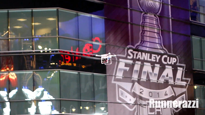 Hockey fans take down 'LAPD drone' amid Stanley Cup revelry (VIDEO)