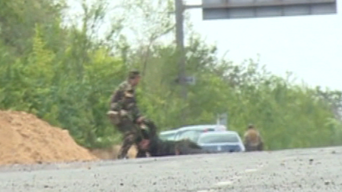 Moment Ukraine army shell hits Russian TV crew caught on tape (VIDEO)