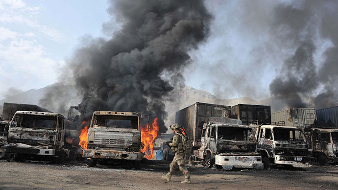 Taliban attack leaves 37 burned-out NATO fuel trucks in Afghanistan (PHOTOS)