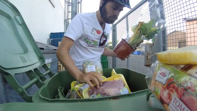 Frenchman eats from trash cans across Europe to protest food waste (PHOTOS)