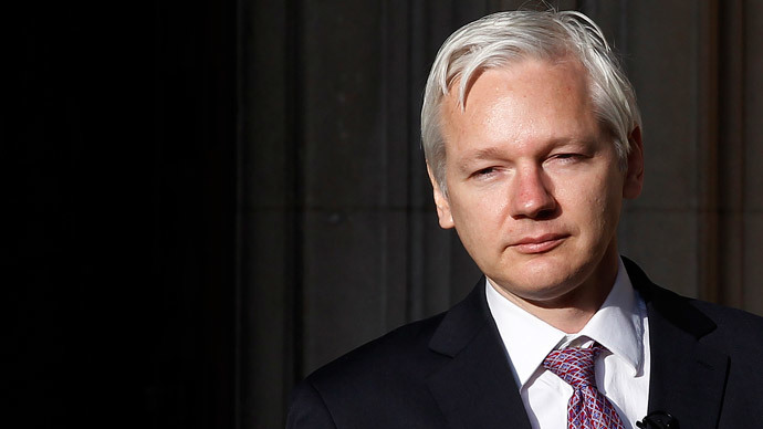 ​Assange lawyers demand end to arrest warrant, release of evidence