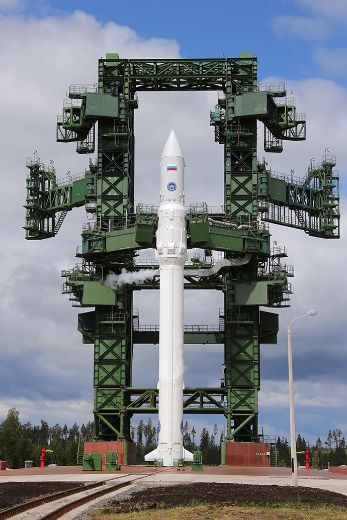 Angara-1.2PP space rocket getting refueled at Russia's Plesetsk Cosmodrome (RIA Novosti / Vitaly Belousov)
