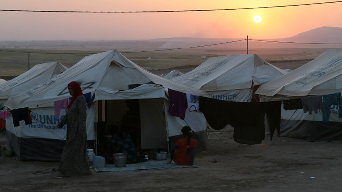 10,000 people flee Iraqi Christian town amid fighting