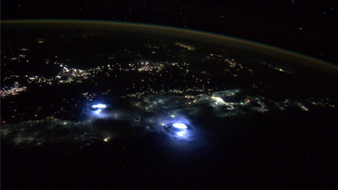 Amazing views of thunderstorms on Earth taken from space station