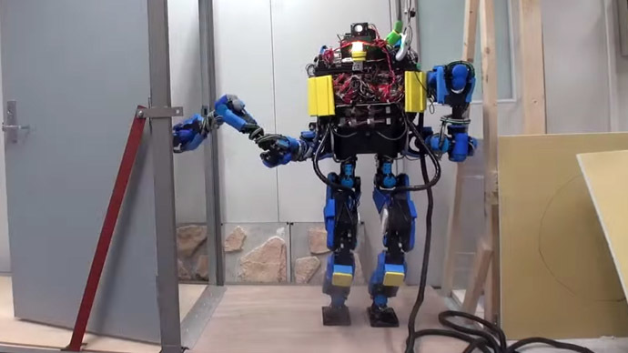 It drives and opens doors: Google to sell humanoid robot (VIDEO)